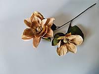 Искусственные цветы. Ветка магнолии капучино.