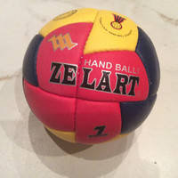 Мяч для гандбола ZEL HB-3882-3 (PU, р-р 3, 5 слоев, сшит вручную, красный-желтый)