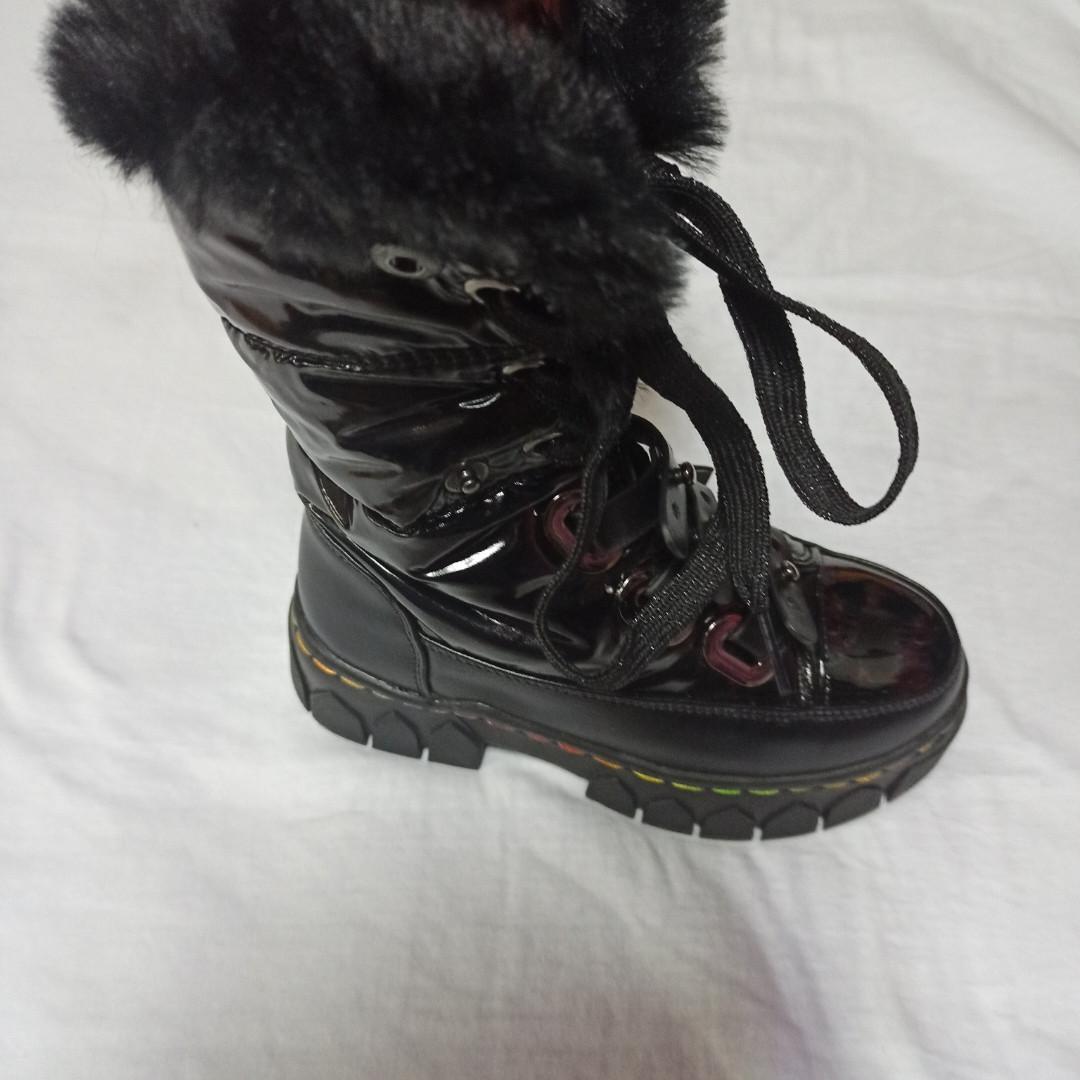 Сапоги-ботинки  модные и теплые для девочки на меху.