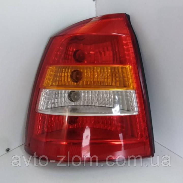 Задний левый фонарь Opel Astra G, Опель Астра Г седан.