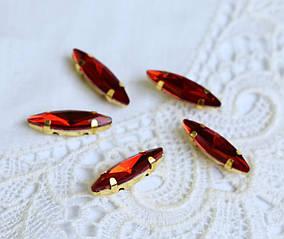 Стрази скляні Маркіз (Човник) 14х3 мм, в оправі, червоні