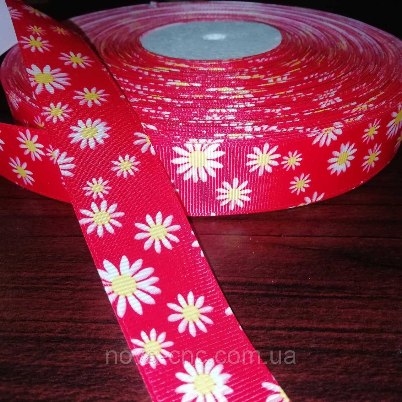 Лента репсовая Цветы красная с белыми цветами 25 мм +/-100 ярдов
