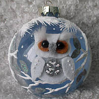 "Елочный новогодний шар из стекла 85 мм ""Сова на шаре"""