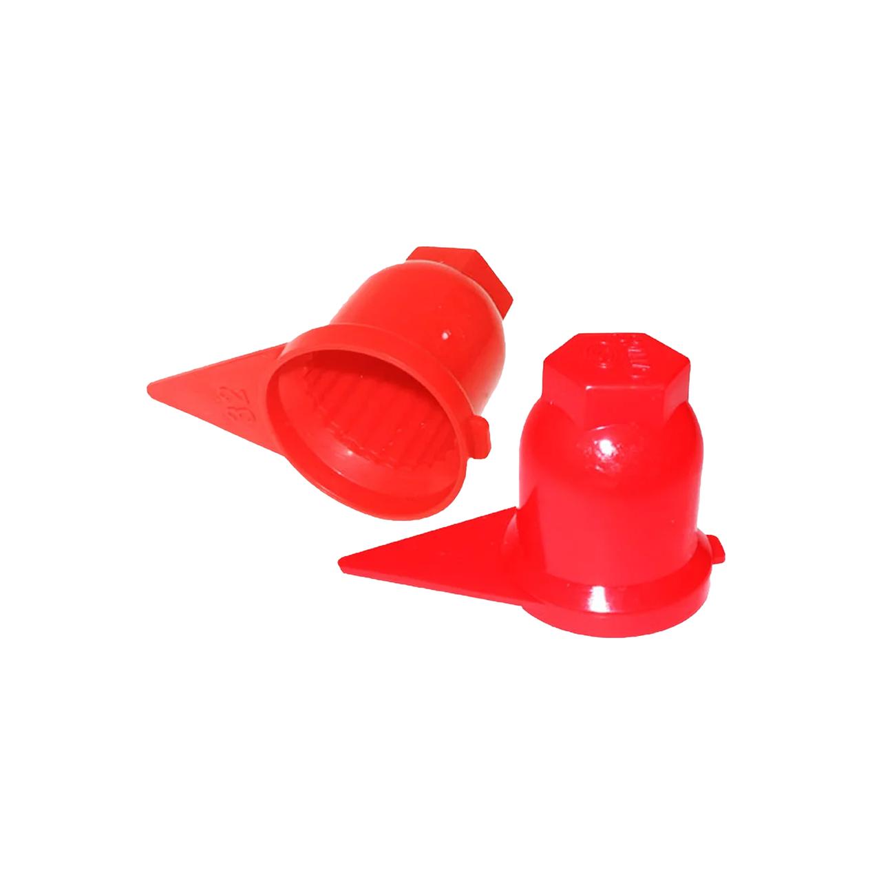 Колпачок пластиковый на гайку 32 Красный Стрелка