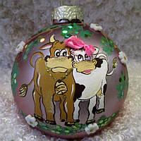 """Новогодняя елочная игрушка, символ года 85 мм """"Бычок с коровкой"""""""