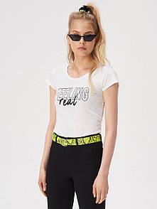 Жіноча футболка sinsay з написом feeling real женская футболка