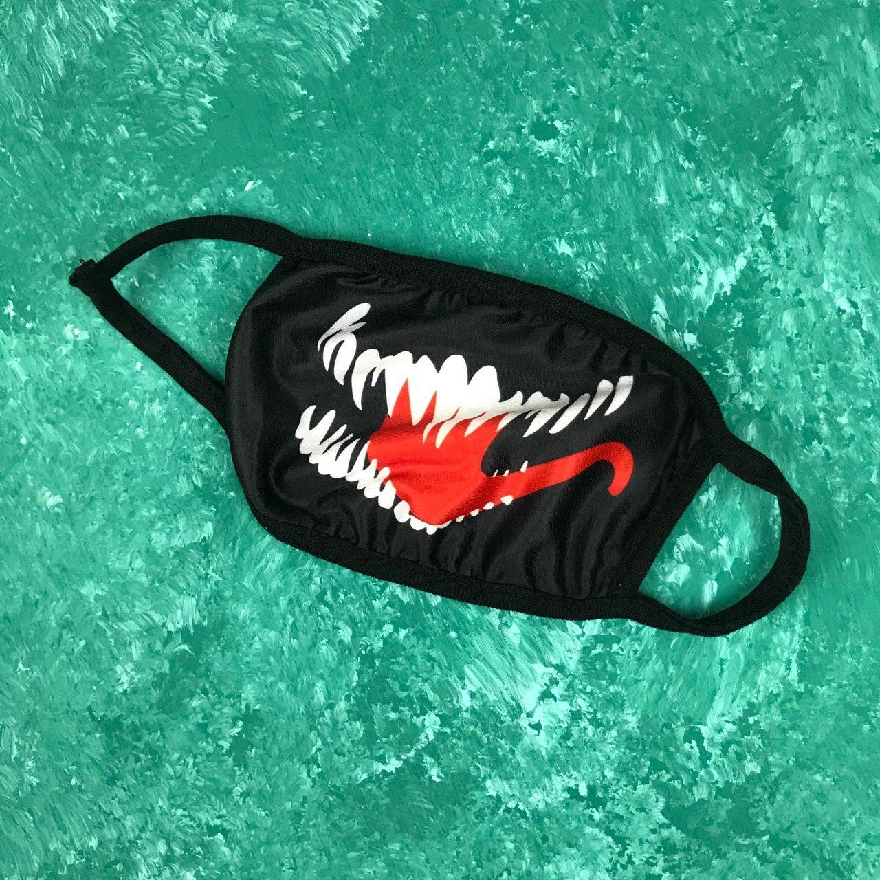 Маска защитная на лицо многоразовая City-A Бафф K-Pop Venom Черная