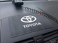 Автомобильный коврик для торпеды TOYOTA