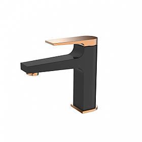 Змішувач для раковини Invena Midnight BU-35-014 чорний/золотий