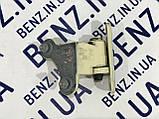 Петля задней двери слева нижняя W212 рестайл A2047301237, фото 2