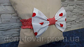 Бант на выписку красные сердечки на белом
