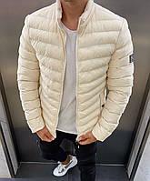 Чоловіча стильна куртка без капюшона біла