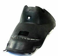 Пластик на WIND - передний сразу под сиденьем
