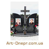 pamjatnik_granitnyj_na_kladbishhe.jpg