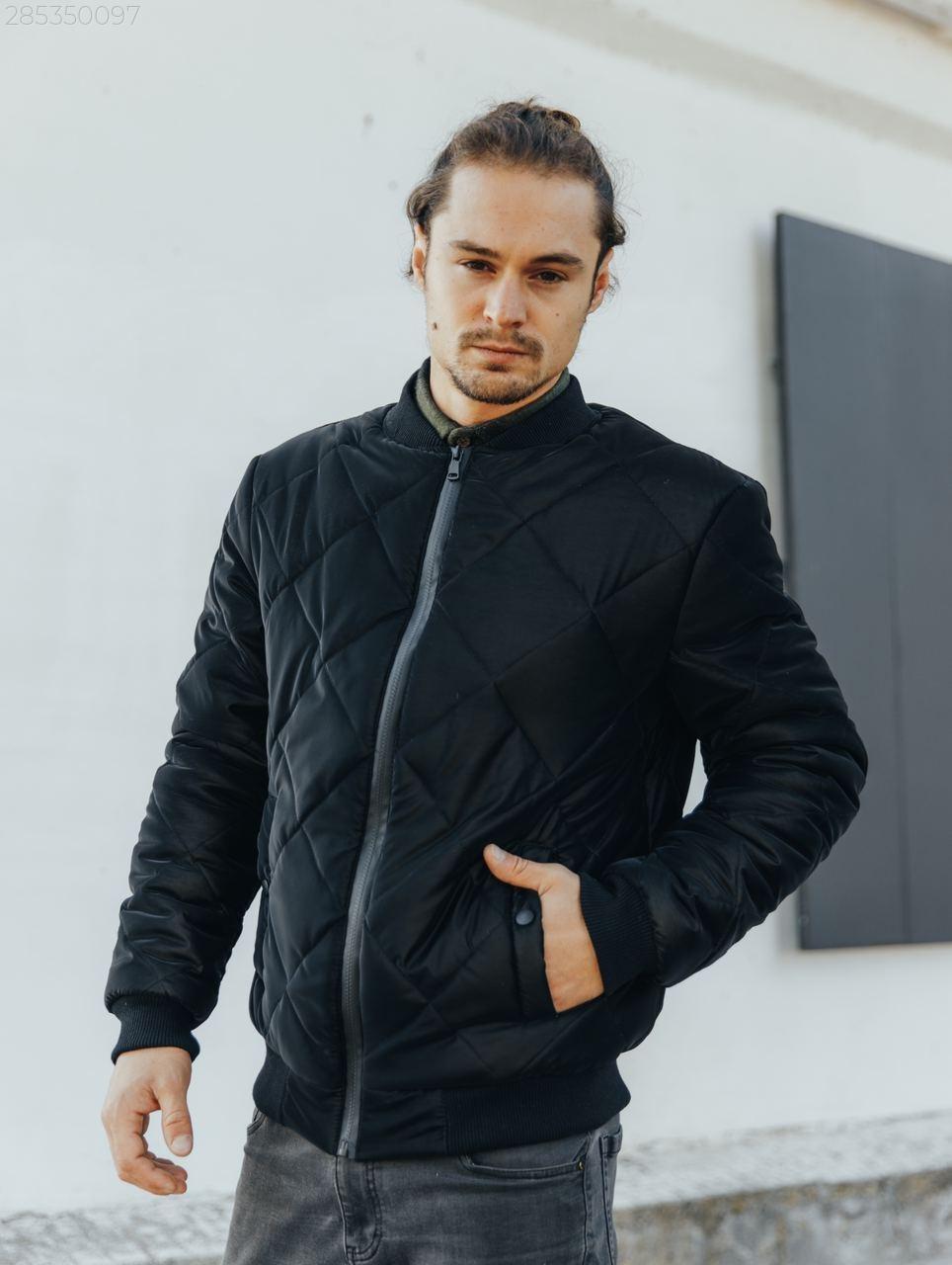 Куртка мужская стеганая черного цвета. Мужская демисезонная курточка (бомбер) стеганая черная.
