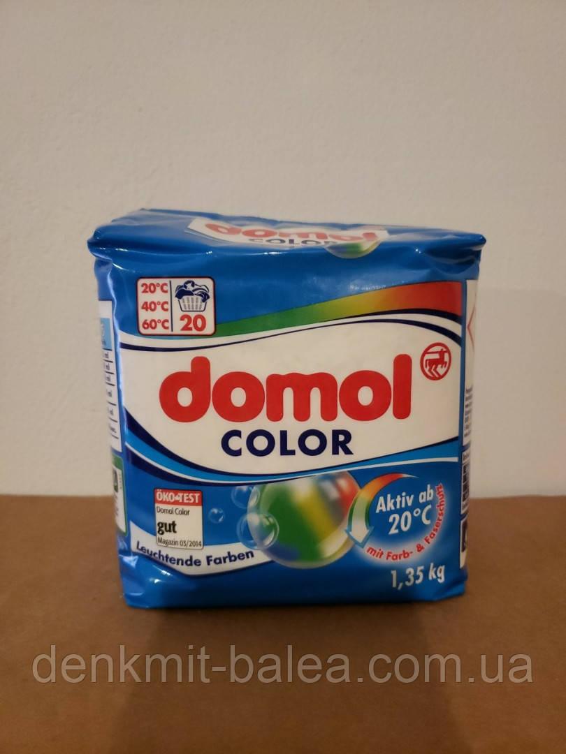 Порошок  для стирки цветных сильно загрязненных вещей  Domol Color 1.35 кг