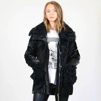 Зимние пуховики и пальто