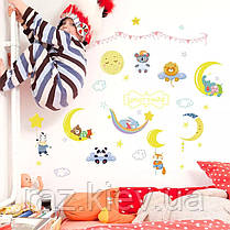 """Виниловые наклейки на стену, шкаф в детскую """"Зверята спят на луне"""" 80см*60см (лист 50*70см), фото 3"""