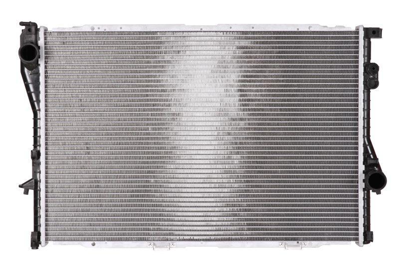 Радіатор охолодження BMW E39 525 tds, БМВ е39 525 tds (пр-во NISSENS 60603A)