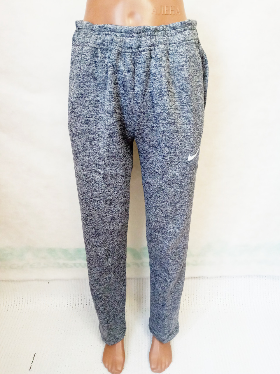 Спортивные штаны теплые трехнитка на флисе р.46.Цвет синий.От  2 шт по 107грн