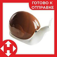 Распродажа! Диспенсер для жидкого мыла улитка Snail мыльница кофейная - дозатор для мыла настольный, фото 1