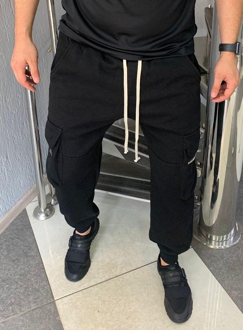 Мужские спортивные штаны 2021! Приятные к телу, плотный материал, качественная фурнитура. Размеры: М,  L, XL.