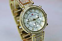 Женские наручные часы Gold