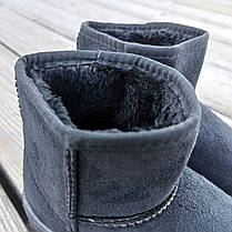 Уггі UGG дитячі теплі черевички уггі дитячі чобітки чорні еко замшеві, фото 3