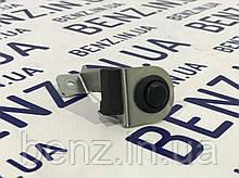 Выключатель кнопки sos Mercedes W212/S212 A2108209610
