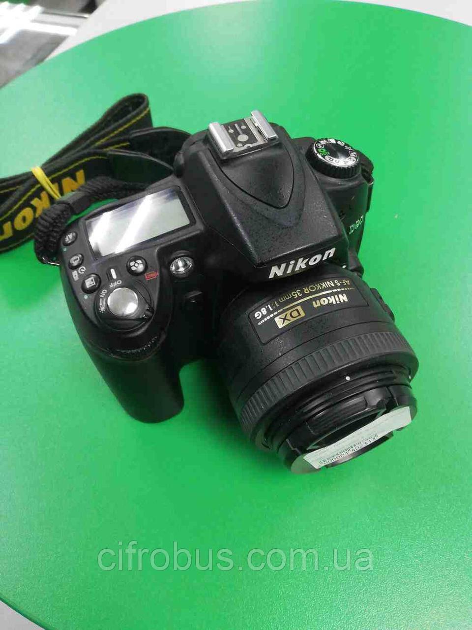 Б/У Nikon D90 + Nikon DX AF-S Nikkor 35mm 1:1.8G