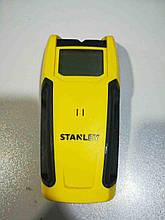 Б/У Детектор Stanley S200 (STHT0-77406)