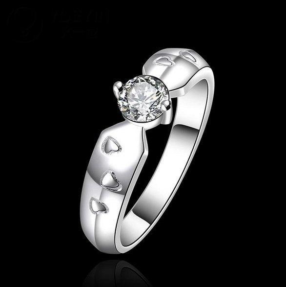 Стильное кольцо посеребрённое 925 с фианитом, 18 р. Ариадна