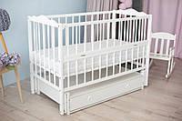 Дитяче ліжечко-гойдалка Ангеліна Кузя, з шухлядою та відкидною боковинкою біле