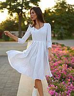 Женское белое платье миди в горошек
