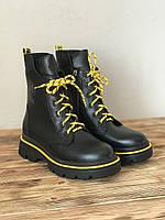 Демисезонные кожаные ботинки с жёлтыми вставками женские