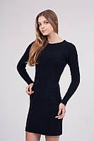 Вязаное платье из мягкой и эластичной пряжи с узором