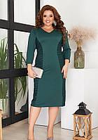 Зеленое женское приталенное платье с сеткой батал