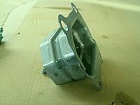 Кронштейн усилителя переднего бампера  Geely Emgrand EC7/EC7RV / Джили Эмгранд ЕС7 106200296702