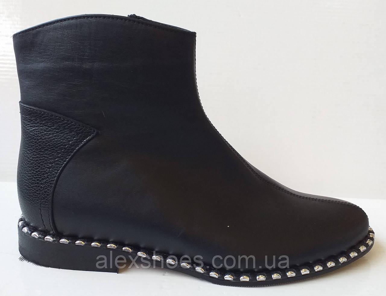 Ботинки демисезонные из натуральной кожи большого размера от производителя модель АР272-3