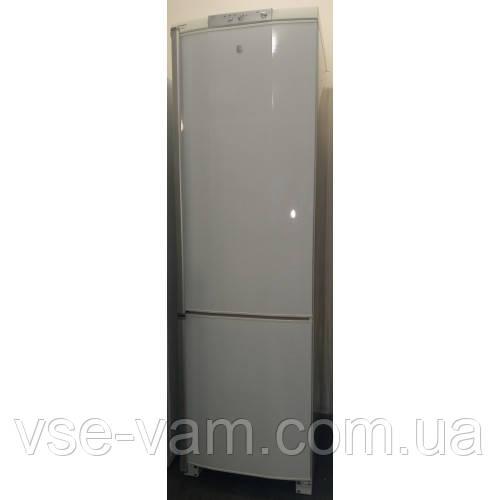 Холодильник двухкамерный Husqvarna QT4549RW8 (ELECTROLUX)