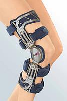 Ортез для коленного сустава жесткий Medi M.4s OA
