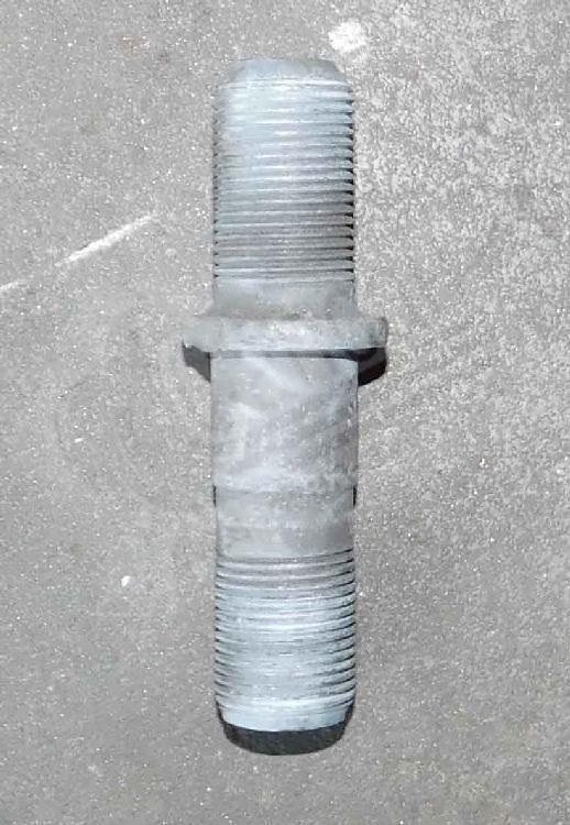 Шпилька колесная правая М20 УРАЛ. 4320-3103009