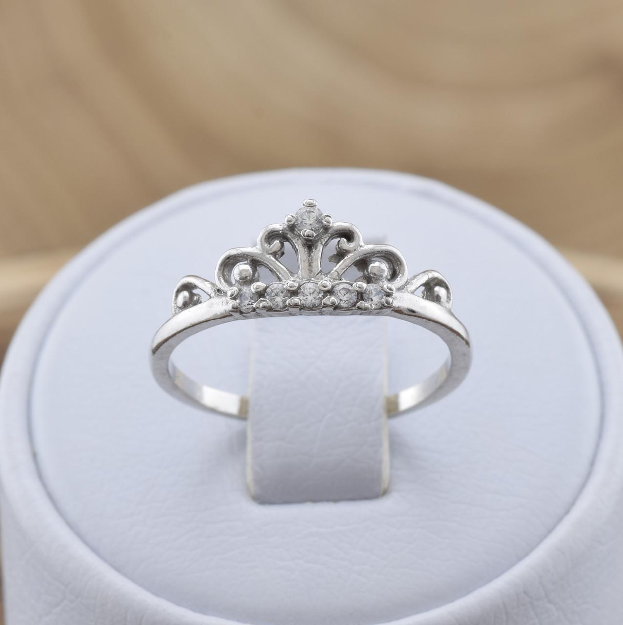 Серебряное кольцо Диадема вставка белые фианиты вес 1.5 г размер 18