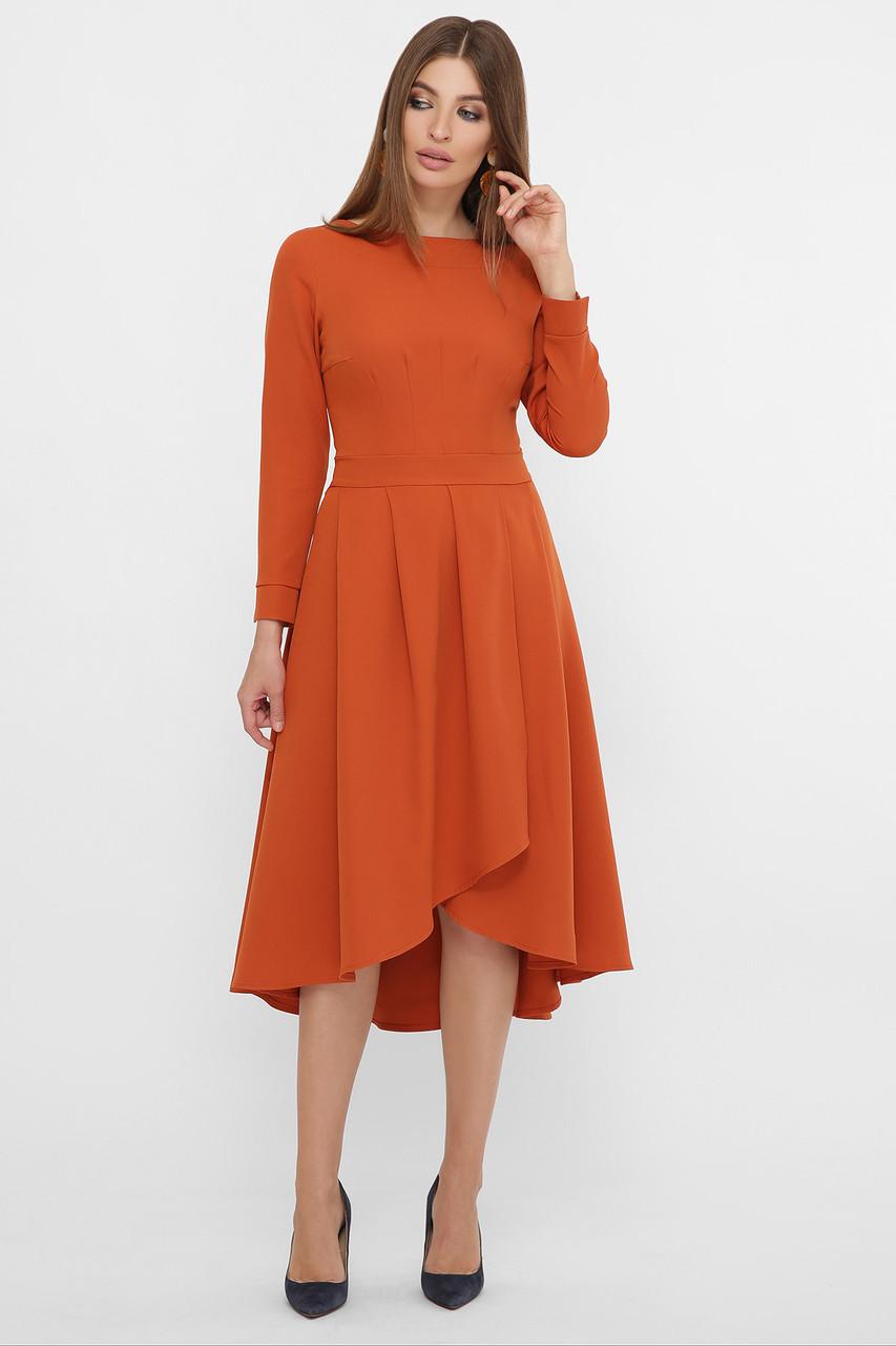 Терракотовое приталенное платье
