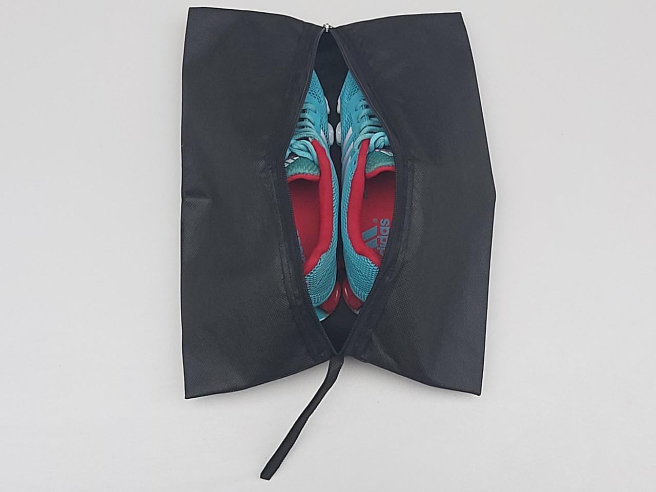 Чехол-сумка черного цвета для хранения и упаковки обуви