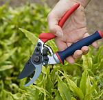 Садова техніка та інвентар