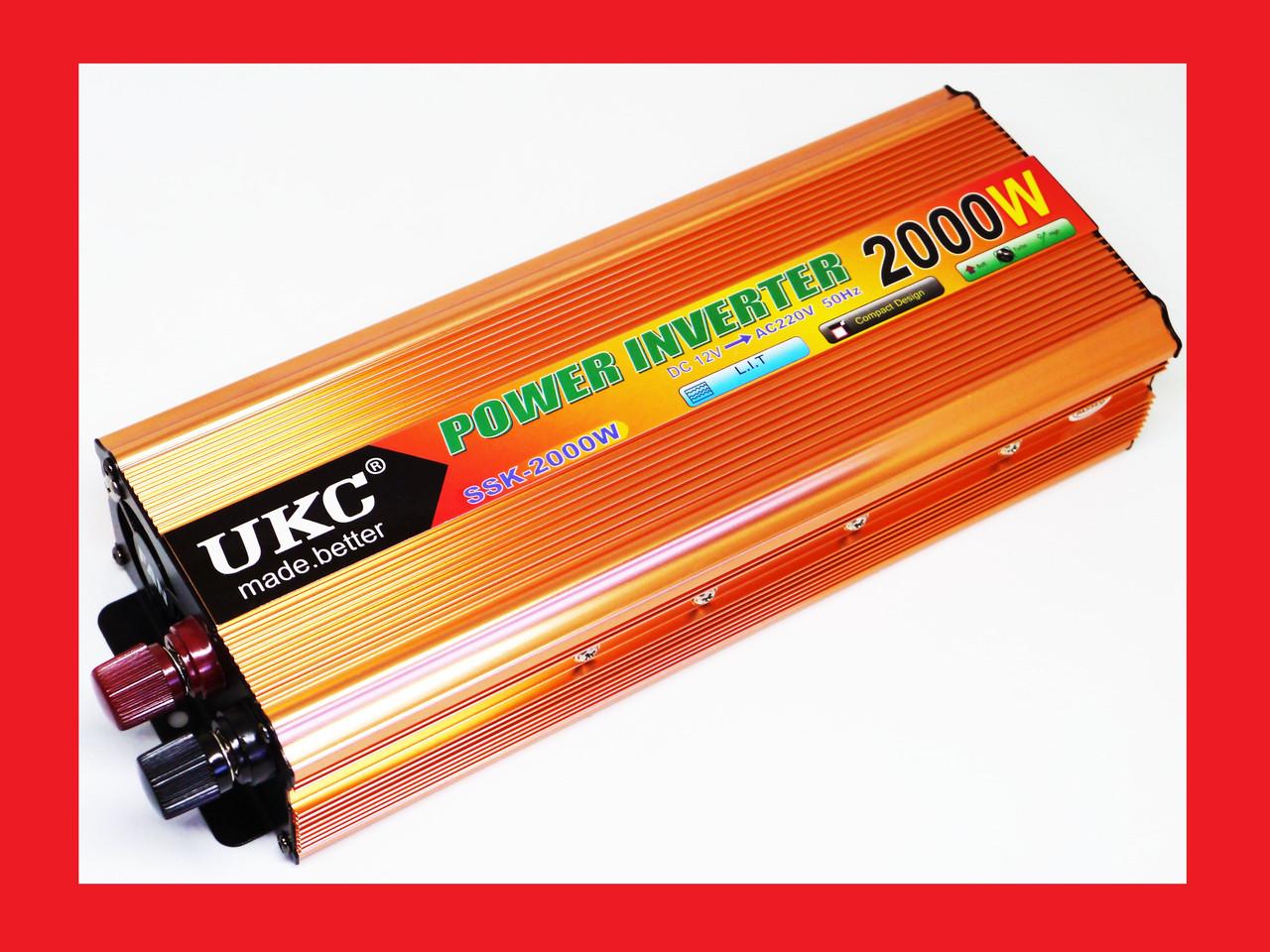 Перетворювач авто інвертор UKC 12V-220V 2000W