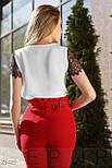 Легка біла блуза зі вставками з гіпюру, фото 7
