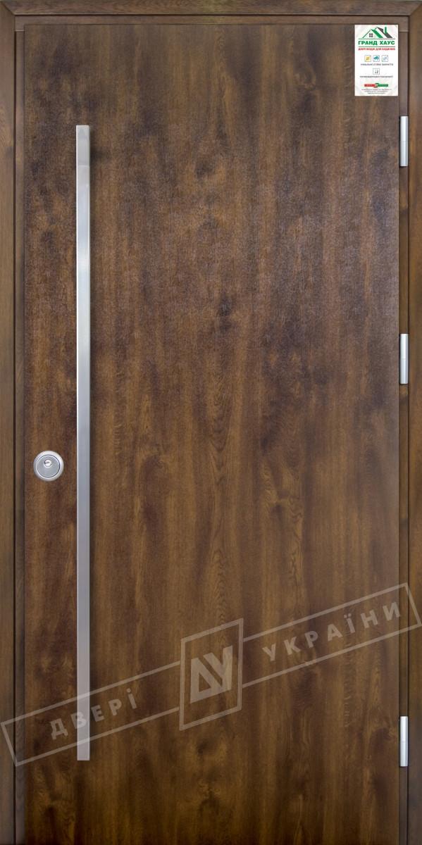 """Двері вхідні вуличні серії """"GRAND HOUSE 73 mm"""" / модель ФЛЕШ / колір: Темний горіх / Ручка - скоба"""