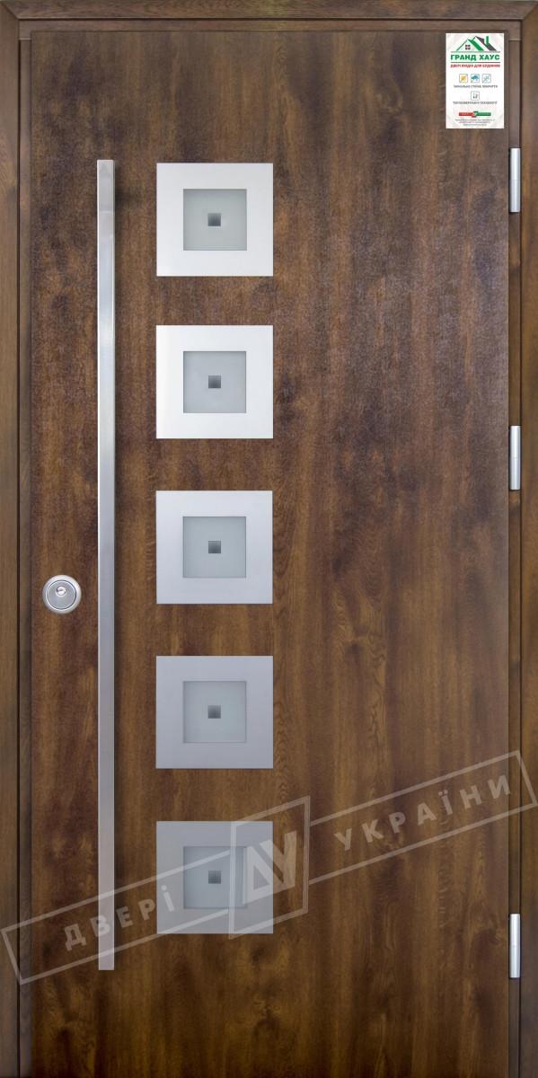 """Двері вхідні вуличні серії """"GRAND HOUSE 73 mm"""" / Модель №2 / колір: Темний горіх / Ручка - скоба"""